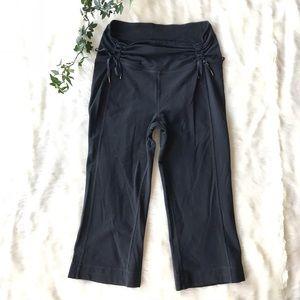 Lululemon Black Luon Capri Pants Medium